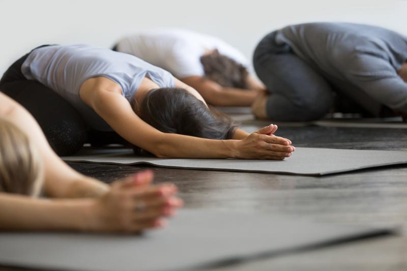 Hoe Yoga Kan Helpen Bij Trauma